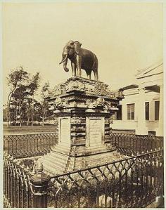 Patung-gajah.-Foto-KITLV