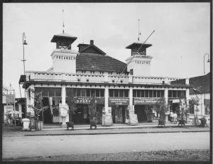 1920 : De Orion Bioscoop (Preanger Theatre) te Bandoeng