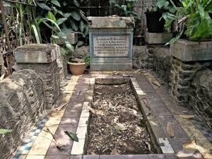 Makam Anak Radja Sibolga