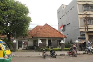 Rumah Bersejarah Inggit Garnasih di Jl. Ciateul.