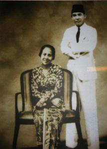 Sukarno dan Inggit Garnasih.
