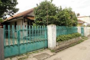 Rumah kontrakan di Gg. Djaksa.